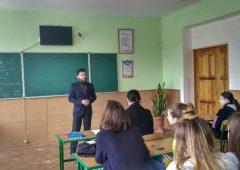 Лекции об Исламе в школах города Хмельницкого.Фото-01