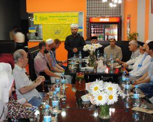 Первое собрание мусульман в г. Ровно.Фото-00